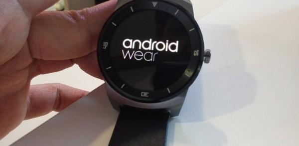20140904_123349-LG-G-Watch-R1-820x420