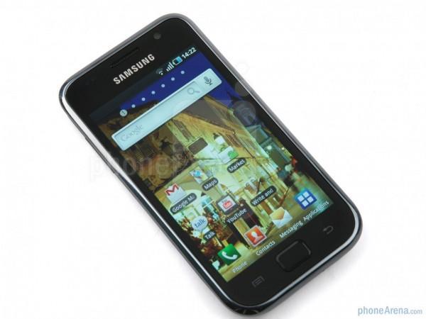 Samsung-Galaxy-S-Review-Design-002