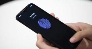 Redmi Lu Weibing sensore impronte infrarossi sotto display LCD
