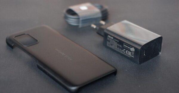 Asus Zenfone 8 unboxing